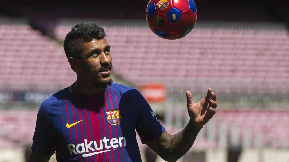 Foto: Presentación, este jueves, de Paulinho como jugador del FC Barcelona. (EFE)