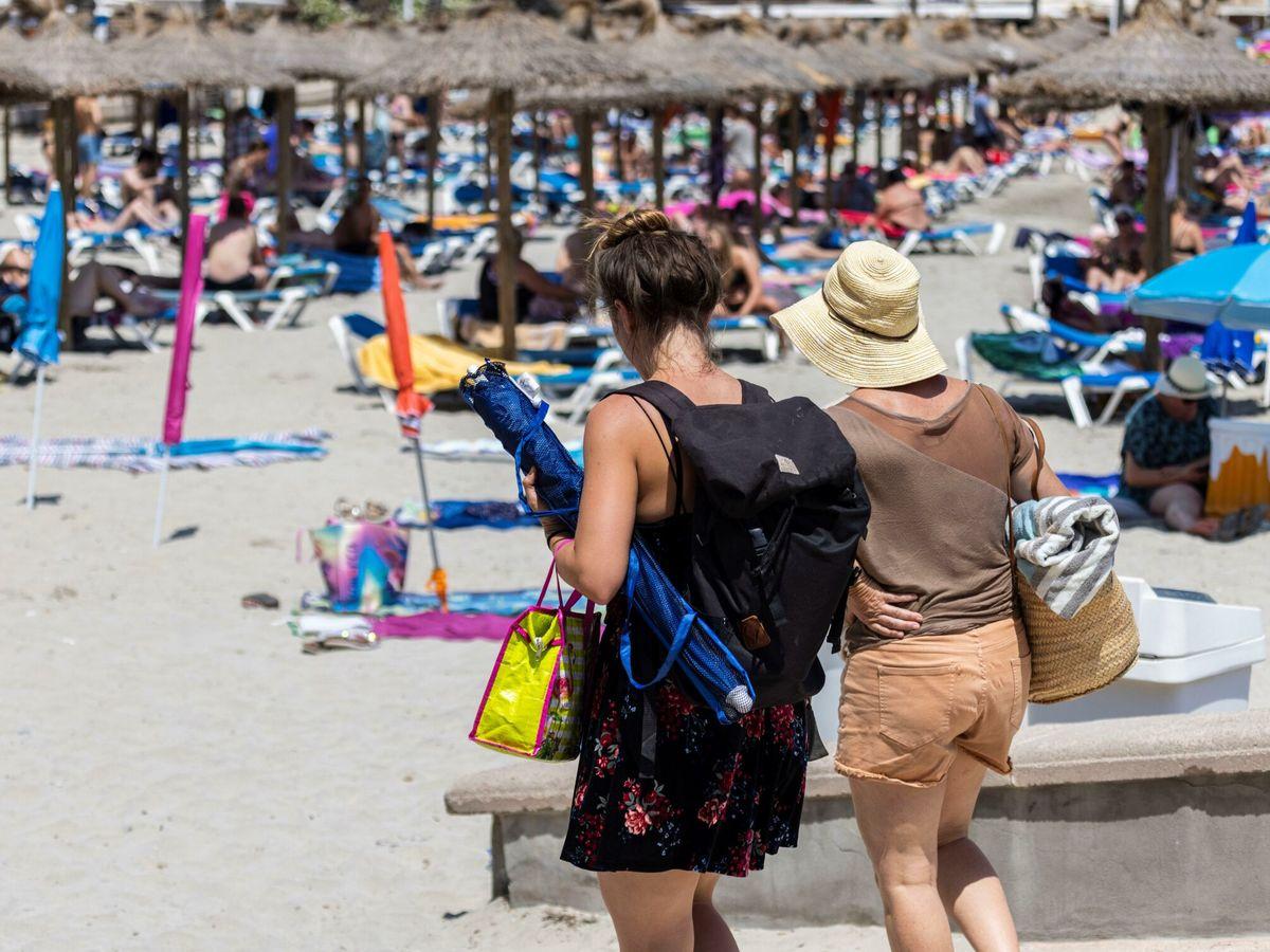 Foto: La playa de Peguera en Calvià (Mallorca). (EFE)