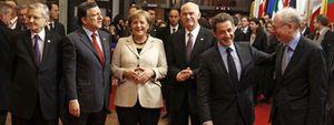 Moncloa culpa a Bernardino León de la ausencia de Zapatero en la foto del rescate a Grecia