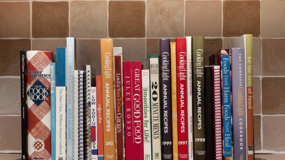 Los libros obligatorios para tener en casa si te gusta cocinar