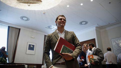 Rivera cierra la puerta a un plan B con Iglesias para hacer presidente a Sánchez