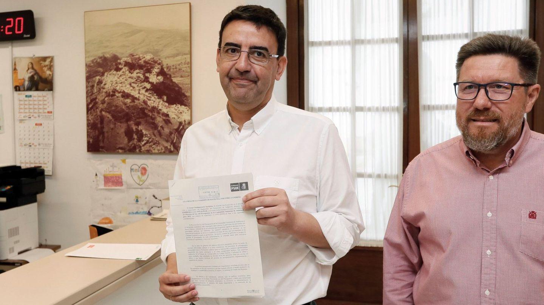 El portavoz del grupo parlamentario del PSOE-A, Mario Jiménez. (EFE)