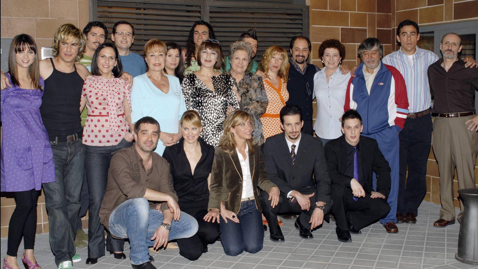 Foto: El reparto de la primera temporada de 'La que se avecina'. (Gtres)