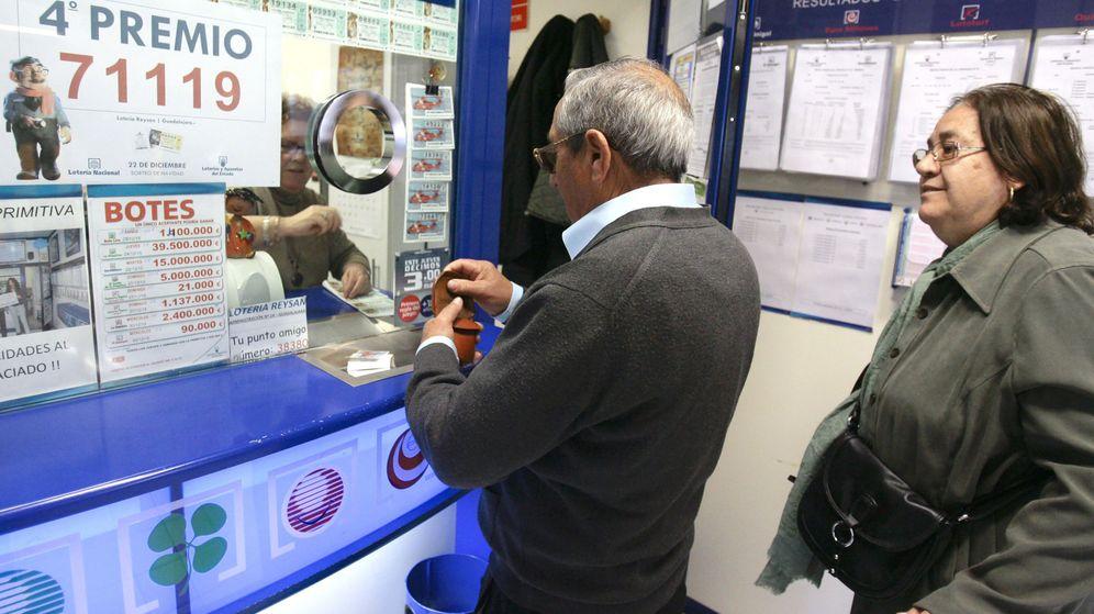 Foto: Imagen de archivo de una administración de Lotería (EFE)