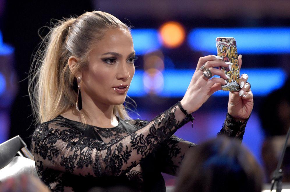 Jennifer lpez se enfada por una fotografa con mucho maquillaje y jennifer lpez se enfada por una fotografa con mucho maquillaje y poco photoshop thecheapjerseys Images