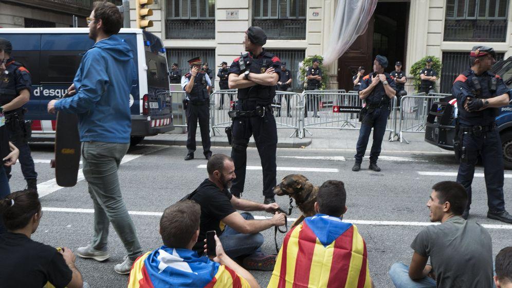 Foto: Imagen de la huelga general de Cataluña del 3 de octubre. (EFE)