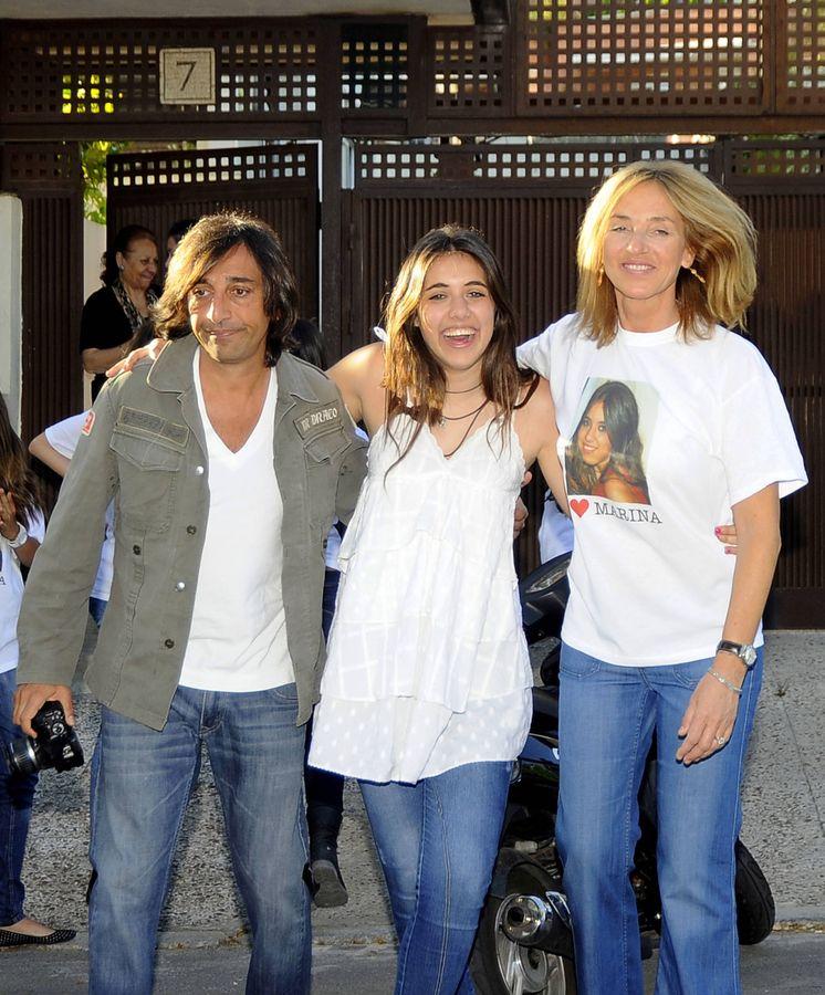 Foto: Antonio Carmona, su hija Marina y su mujer, Mariola Orellana. (Gtres)