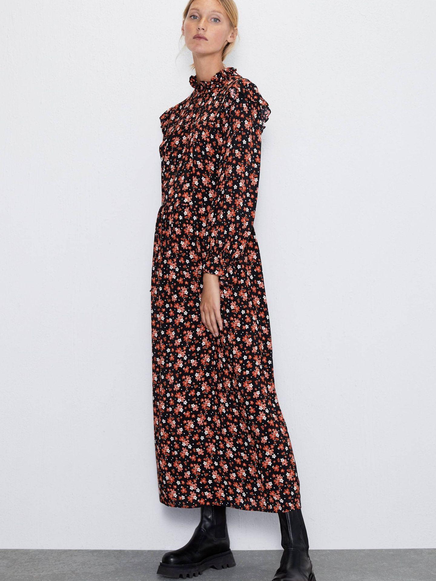 Vestido de estampado floral. (Cortesía)
