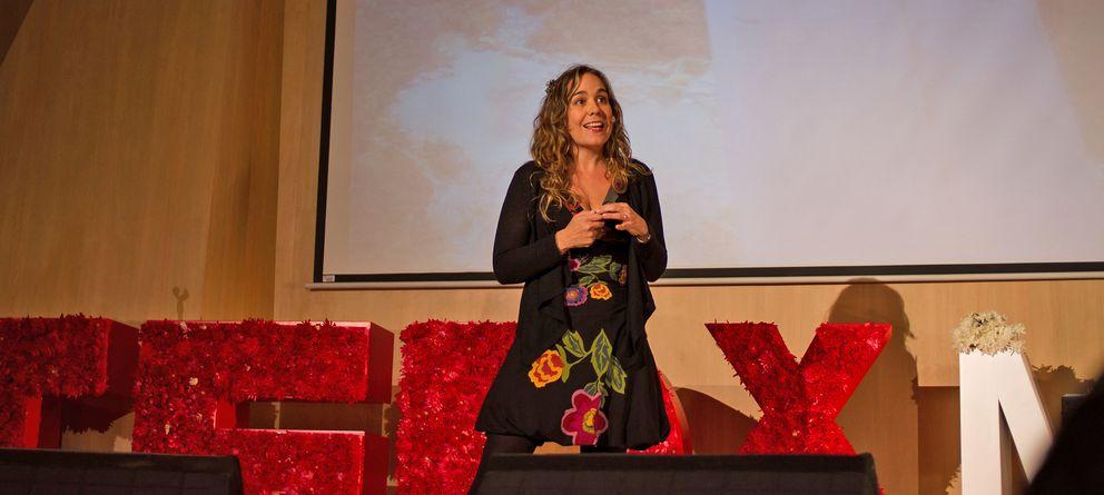 Foto: Catalina Cock durante una charla en TED. (Oscar Soto/TedxMedellin)