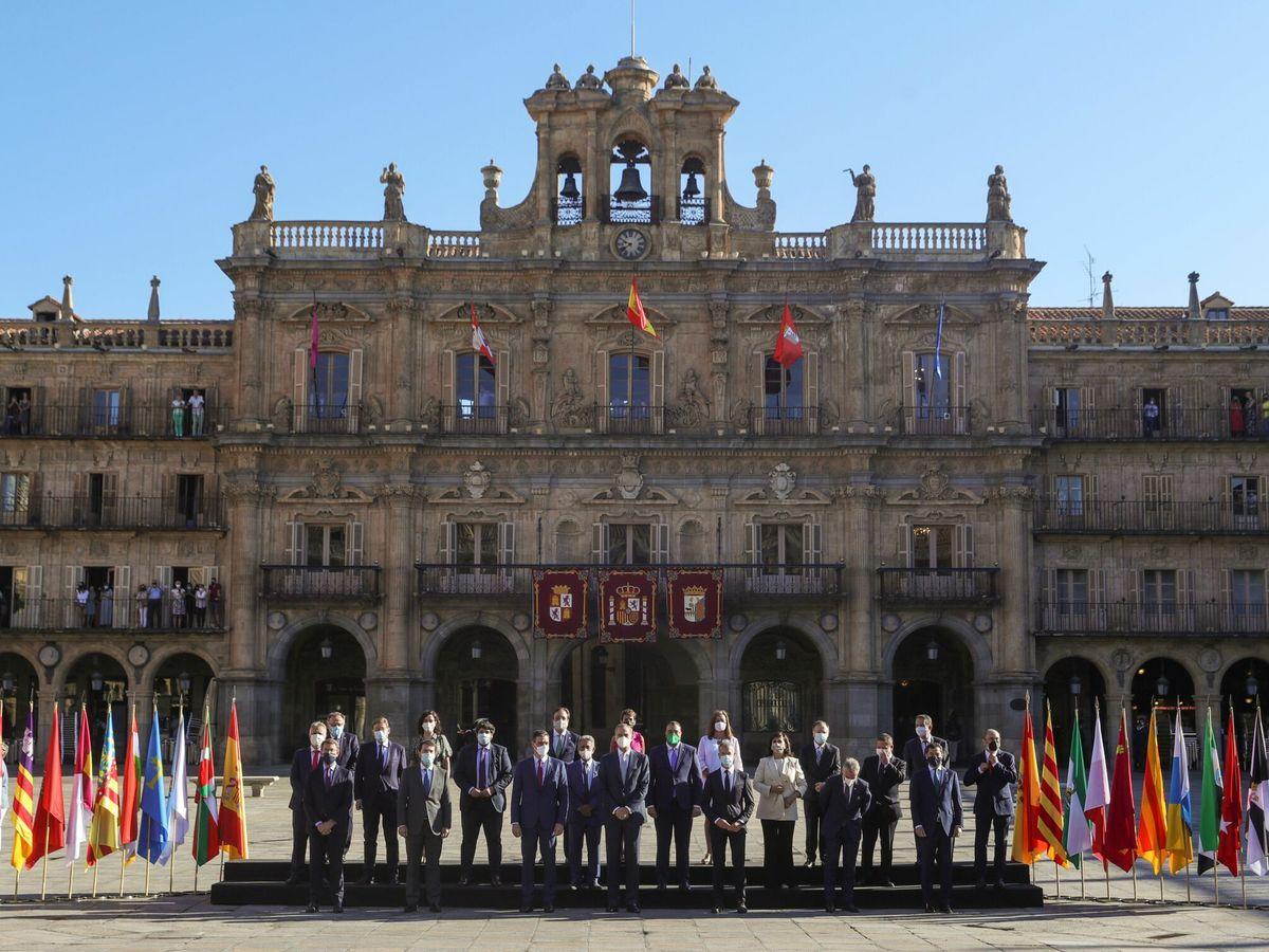 Foto: Foto de familia de la Conferencia de Presidentes celebrada en Salamanca. (EFE)
