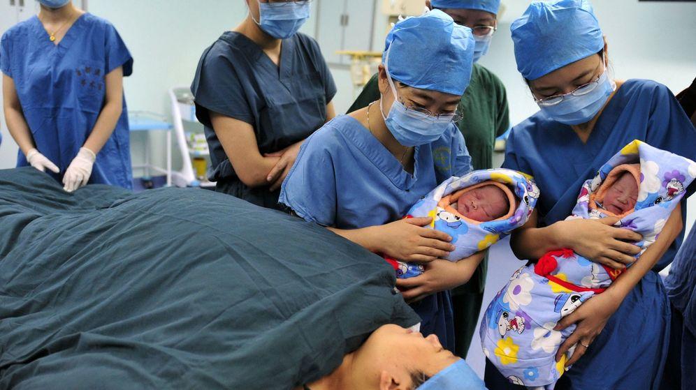 Foto: Los gemelos nacieron sin complicaciones, pero la mujer sufrió un infarto 24 horas después del parto (Reuters)