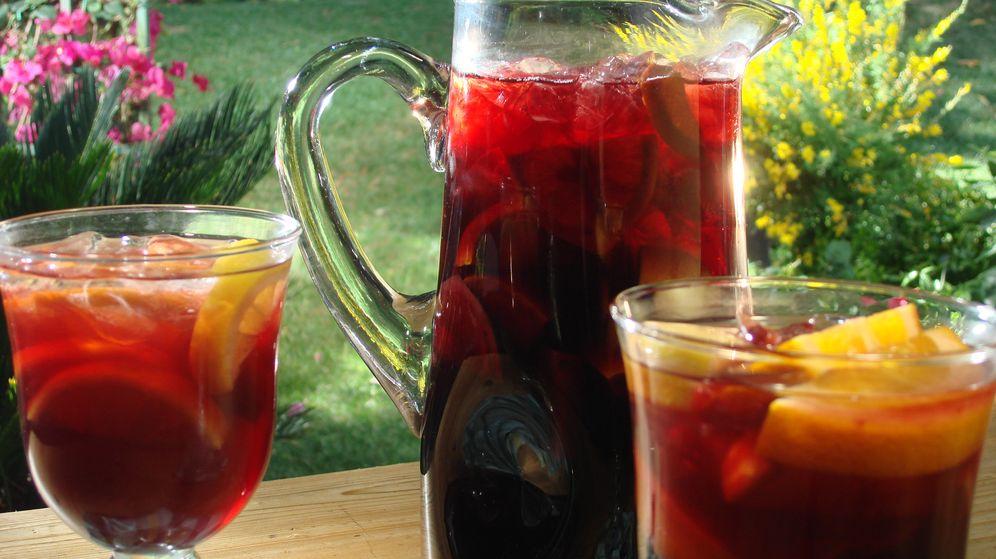 Foto: ¿Cuánto cuesta un buen trago de sangría en Carrefour, Hipercor & co?