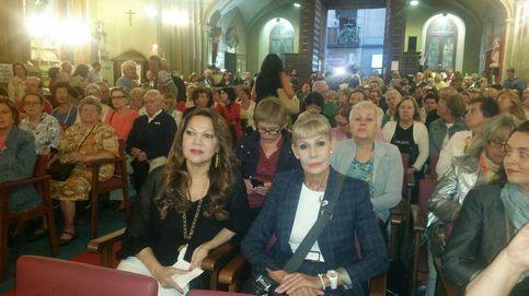 El último y emocionado aplauso a Lina Morgan en la iglesia de San Antón