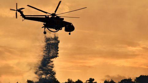 Incendio forestal en el Peloponeso y Festival Europeo de globos aerostáticos: el día en fotos