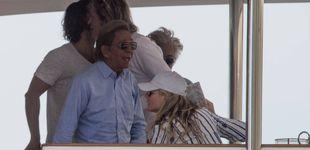 Post de Gwyneth Paltrow y Rosario Nadal, de vacaciones por Capri junto a Valentino