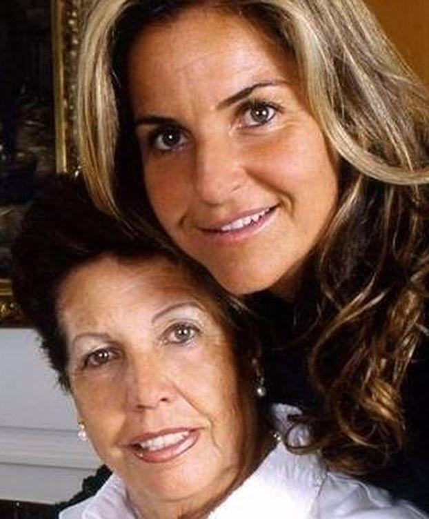 Foto: Arantxa Sánchez vicario y su madre, Marisa. (Gtres)