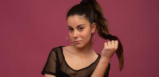 Post de Martina, el ídolo adolescente de internet: escritora, cantante y 'youtuber'... con 14 años