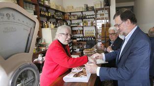 Rajoy cumple 63 años, siete en La Moncloa, con Presupuestos pero sin tarta
