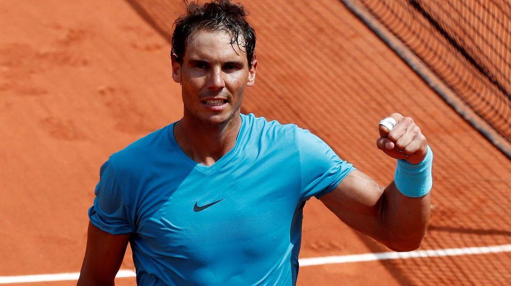 Foto: Rafa Nadal, este lunes, celebrando su victoria número 900. (EFE)