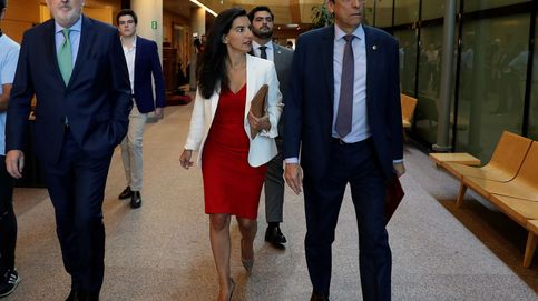 Vox avisa: quiere esperar a las réplicas y a Aguado para confirmar su apoyo a Ayuso