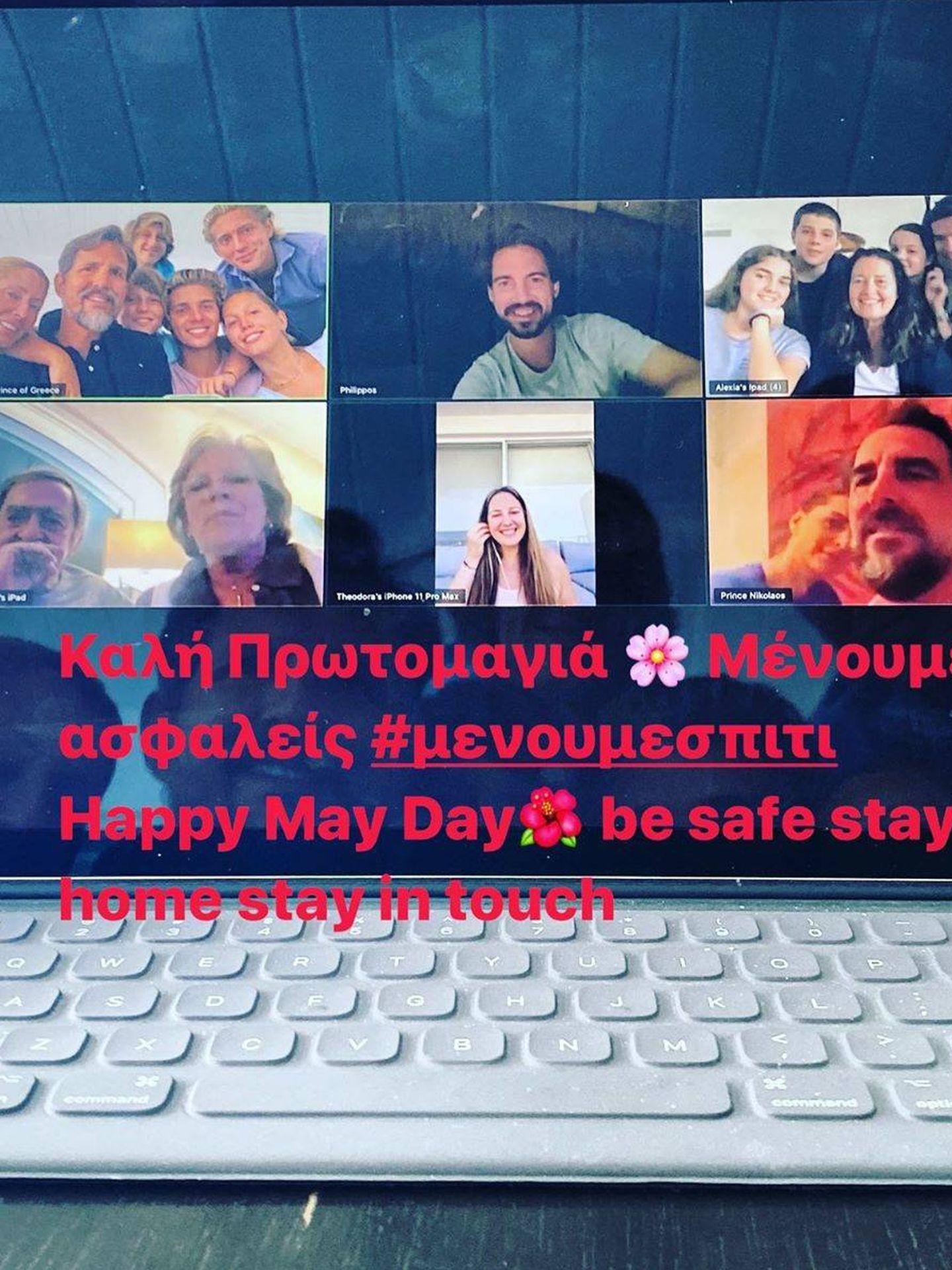 La familia real griega, reunida a través de videollamada. (Instagram: @pavlosgreece)
