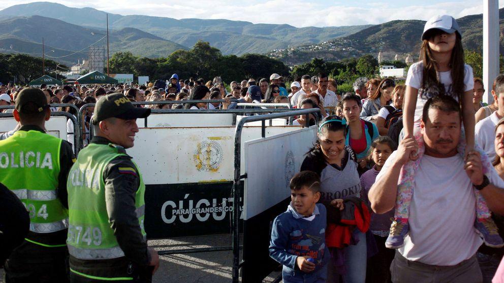 35.000 venezolanos cruzan a Colombia en busca de comida tras la apertura