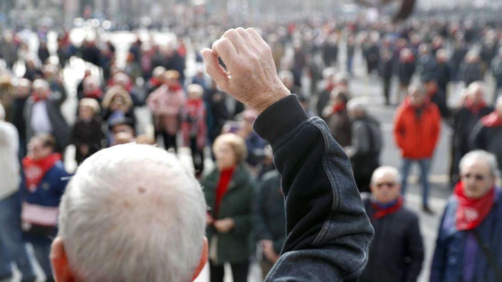 Foto: Pensionistas se concentran en bilbao
