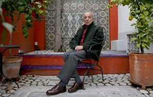 Gómez critica la oratoria de los políticos en su discurso de la RAE