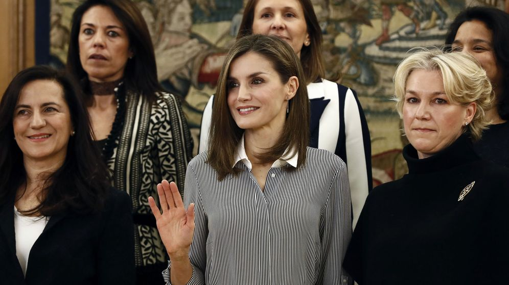 Foto: Doña Letizia preside dos audiencias con mucho estilo