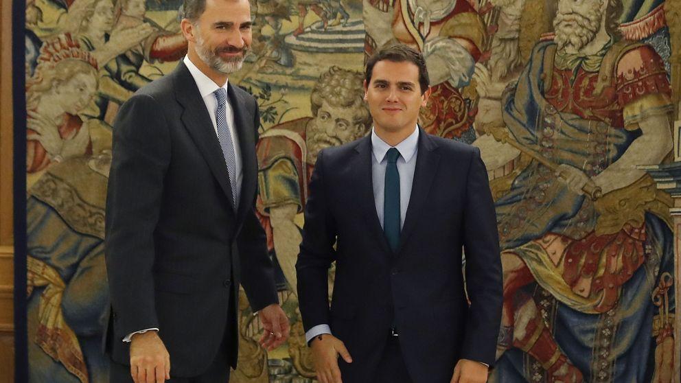 Rivera confirma con Rajoy su acuerdo de investidura y traslada al Rey el sí