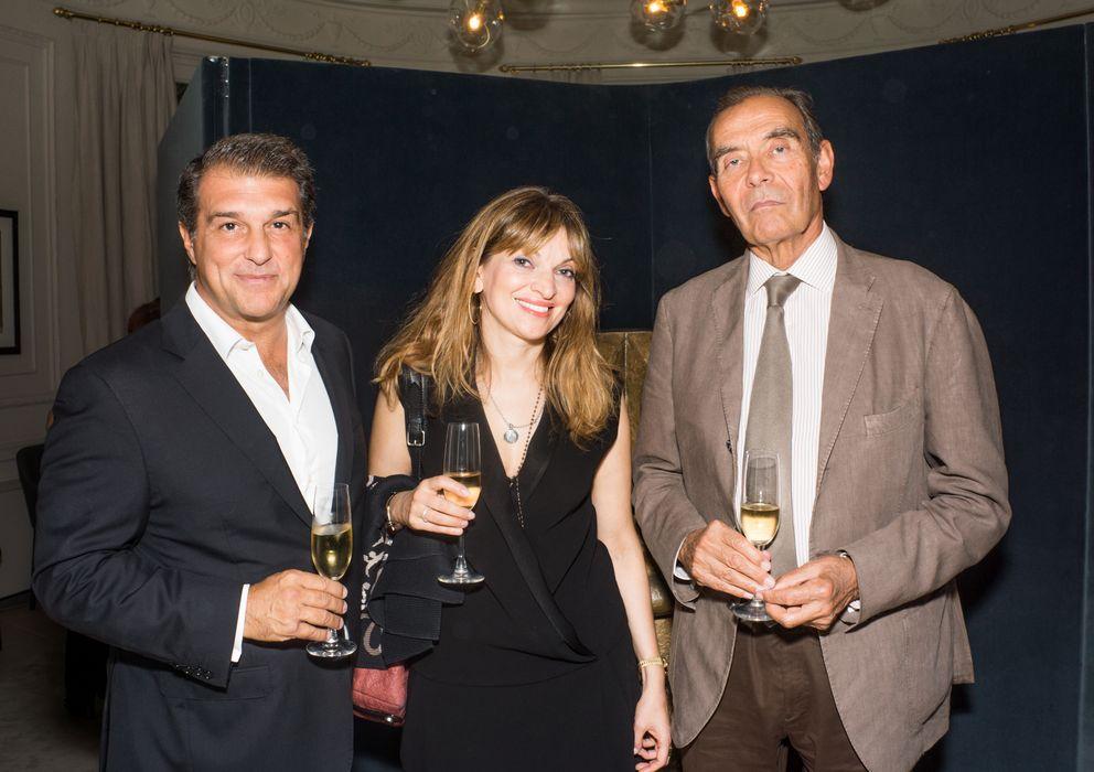 Foto: Joan Laporta junto a una amiga (Multiplicaydialoga)