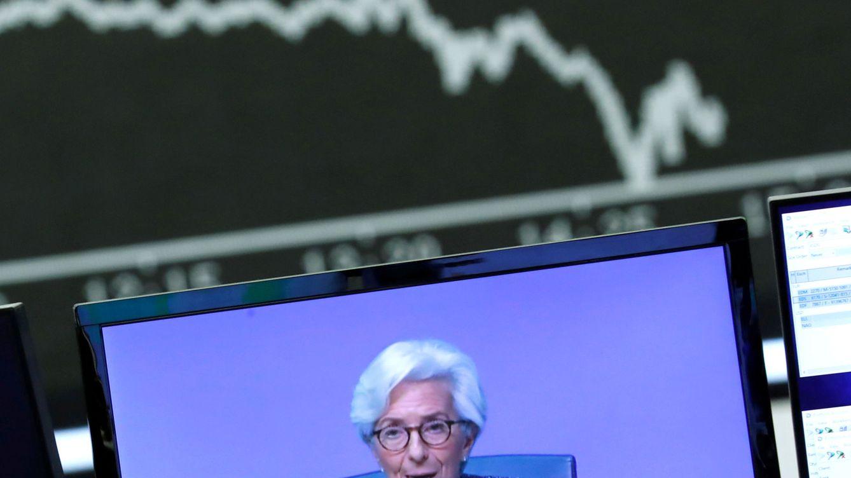 El BCE amplía en 600.000 M su bazuca y prevé un desplome del PIB del 8,7% en 2020