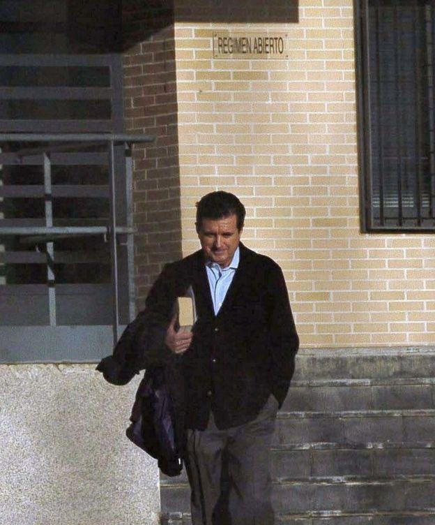 Foto: El ex presidente de Baleares, Jaume Matas, a la salida de prisión. (EFE)