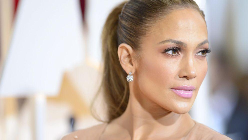 La belleza de los Oscar 2015: moños aburridos, flequillos sin gracia, labios rosas y el escote de Jennifer Lopez