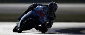 Maverick Viñales se lleva la victoria en Moto3, seguido de Alex Rins y de Luis Salom