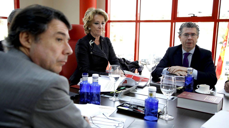 Foto: Ignacio González (i), Esperanza Aguirre (c) y Francisco Granados (D)