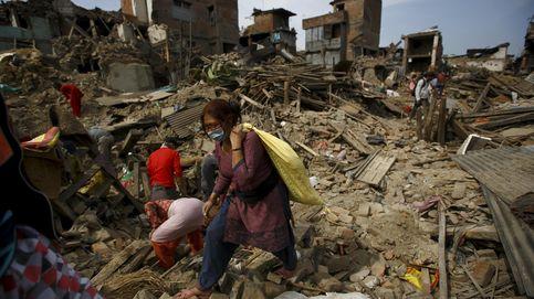 Terremoto en Nepal: un día con las huérfanas ilustres de Bhaktapur