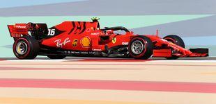Post de Ferrari da un golpe en la mesa en los Libres 1 de Bahréin con Carlos Sainz 7º
