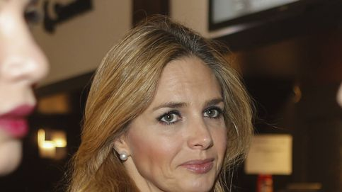 Genoveva Casanova huye al oír hablar de Michavila en el show de Pitingo