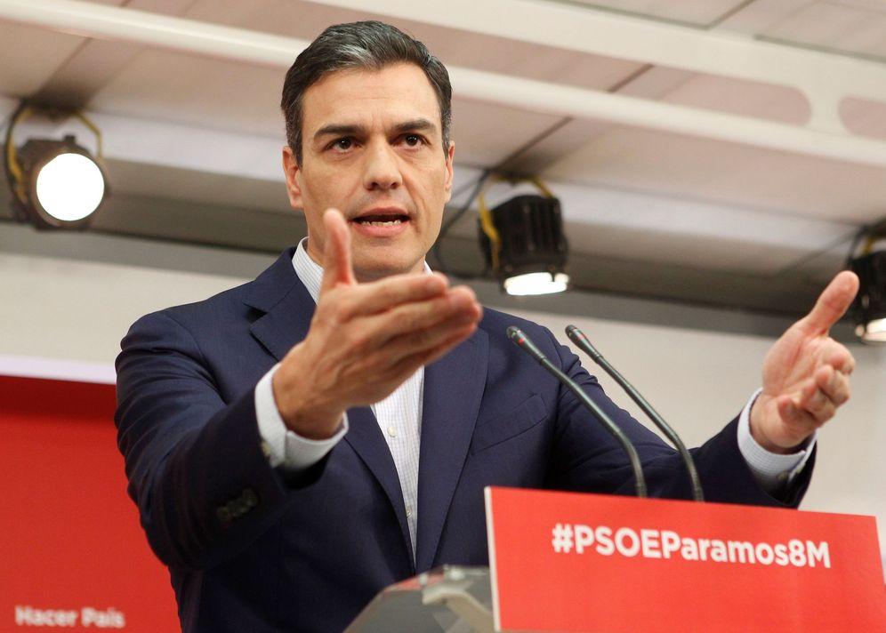Foto: Pedro Sánchez, durante su comparecencia este 5 de marzo en Ferraz. (EFE)