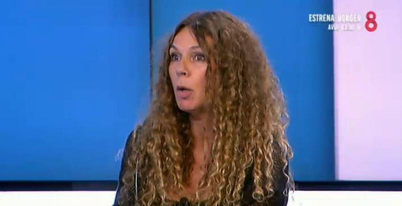 Angie Cárdenas en 8TV.