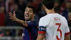 Luis Suárez, al borde de un ataque de nervios con malos gestos y aspavientos