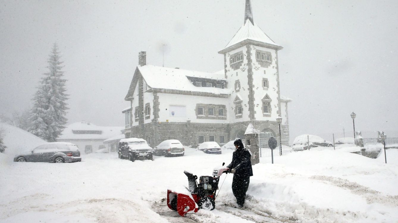 Las nevadas, el oleaje, el frío y el viento ponen en riesgo a 40 provincias españolas