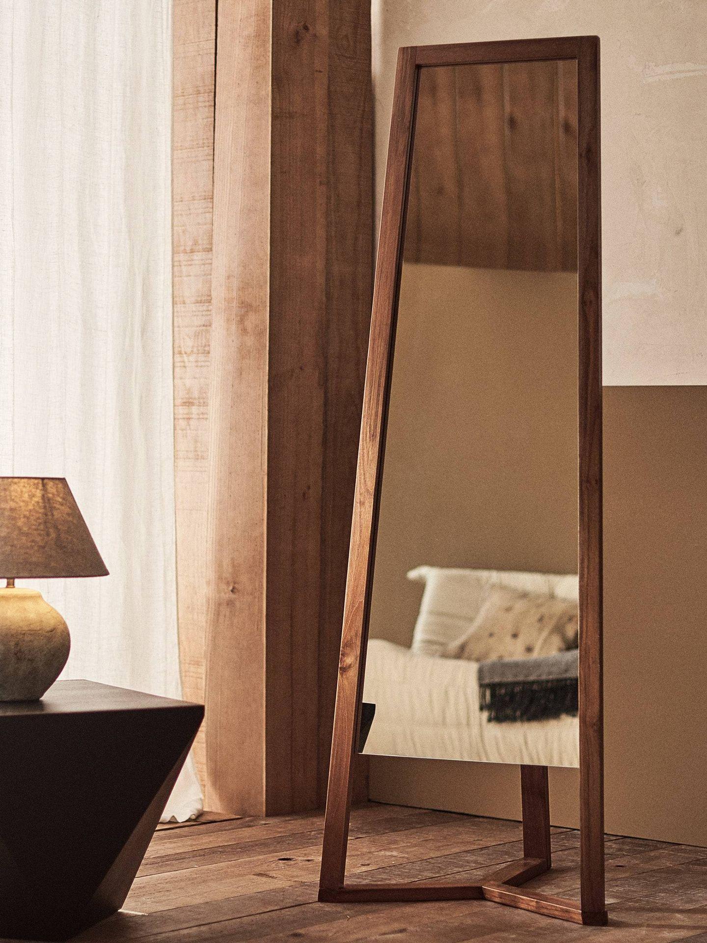 Estos espejos de Zara Home son perfectos para tu dormitorio. (Cortesía)