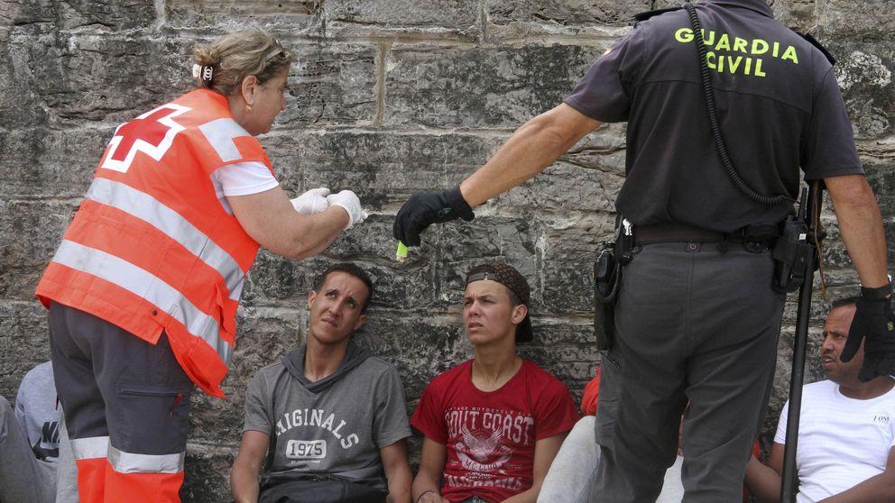 Cientos de jóvenes del Rif llegan a Andalucía en patera para escapar de la represión