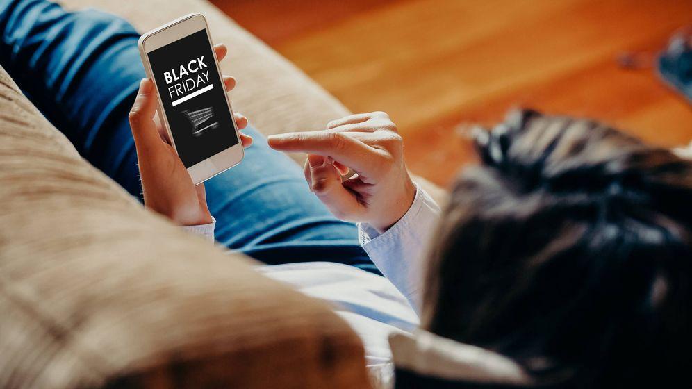 Foto: Las grandes empresas cada vez adelantan más sus ofertas para el Black Friday. (iStock)