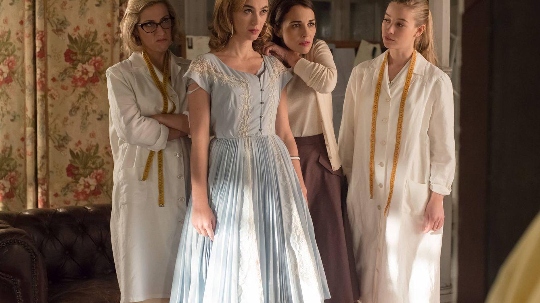 Foto: Cecilia Freire, Marta Hazas y Paula Echevarría en 'Velvet' (Atresmedia)