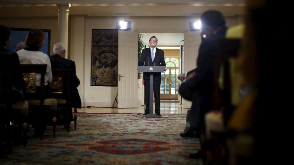 Rajoy se pone optimista y simpático entre la angustia del PP ante el 20-D