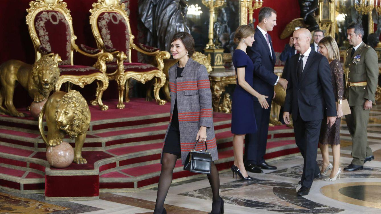 Foto: Eva Fernández en un besamanos en palacio junto a los Reyes (Gtres)