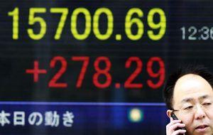 Tokio cae por la subida del yen y malas previsiones de Nintendo